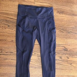 Lululemon Fast and Free tights in Carbon